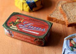 Lucas paradicsomos szardíniakonzerv