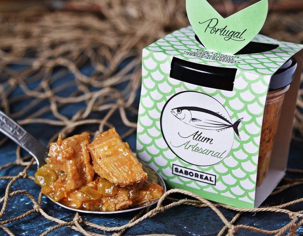 Saboreal tonhal tapas hagymával és citrommal